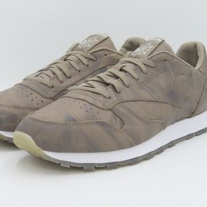 Reebok Men's Classic Leather Sneakers Size 11.5
